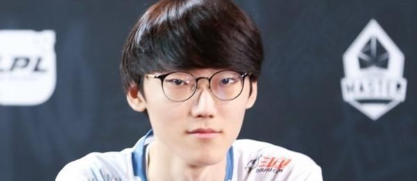 LOL:DWG成为LCK新王!IG剧本重演,金教练自带BUFF