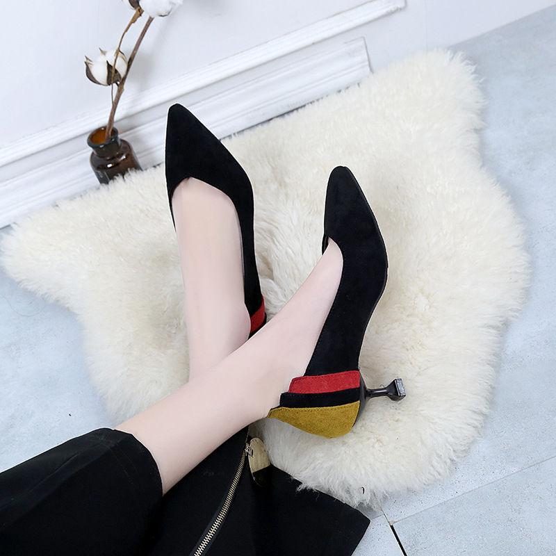 小美女们来瞧瞧哦,三月新款高跟鞋,显a美女山村图文艺美女图片