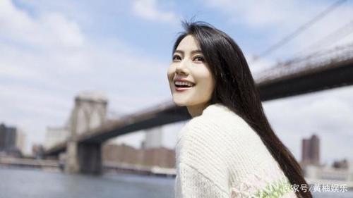 推荐:娱乐圈最具文艺气质的女星,郭碧婷长发迷人,而她被王思聪关注