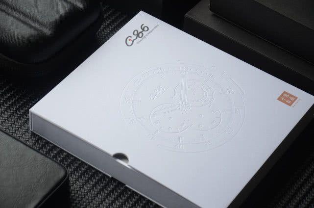 """小米有品""""C+86运动表""""评测,具备夜光功能,30米生活防水"""