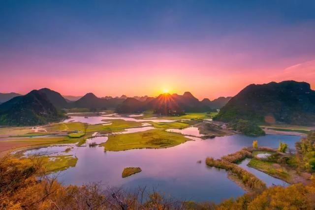 """有山必有水,有水不无洞,普者黑是典型的喀斯特地貌堪称""""云南小桂林"""".图片"""