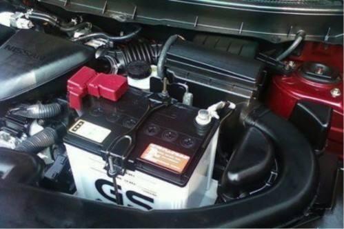 小知识-汽车电瓶如何更换?更换蓄电池的注意事项有这些