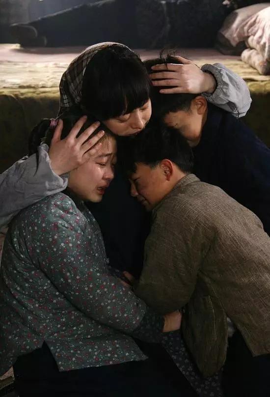 还有《甄嬛传》,电视剧拍摄期是四个月,但孙俪从拿到剧本到杀青用了