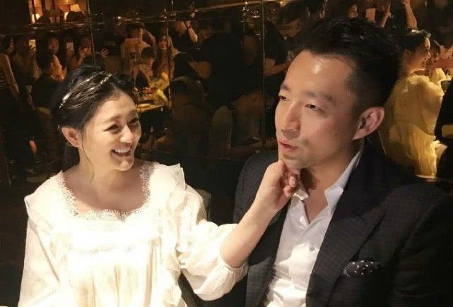 汪小菲为妻女搬去台北住,一度荒废事业做全职奶爸