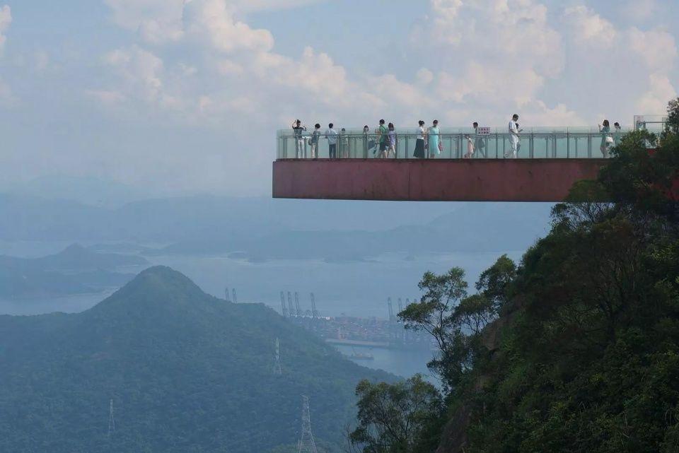 深圳周边就有8条玻璃栈道,2018年一定要去