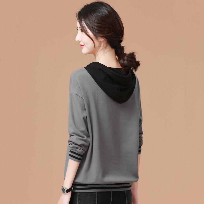 财经 公司新闻 正文  2018早秋宽松针织衫,多种颜色的设计,款式简约
