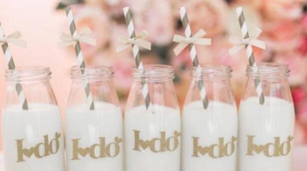 <b>7岁女孩两年不长高, 医生叹息: 早已进黑名单的牛奶, 父母却不知</b>