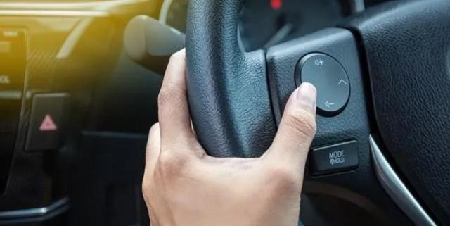 很多人在停车之后直接熄火,老司机:你的车不想要了?