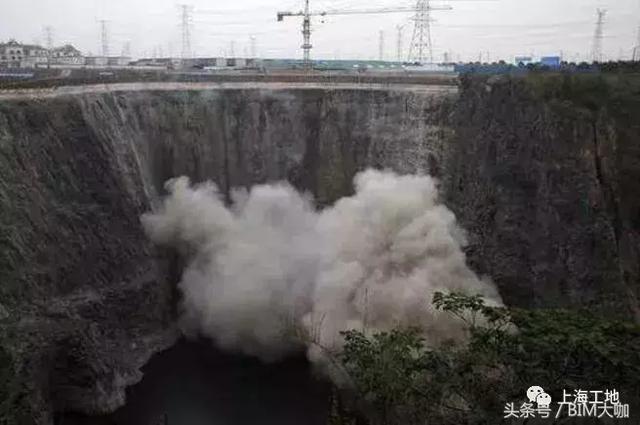 上海世茂深坑酒店无疑是全球独一无二的奇特工程 水族资讯 南昌水族馆第12张