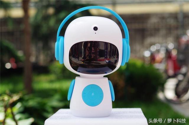 酷宝智能机器人:海量有声教育读物陪孩子从婴儿到少年