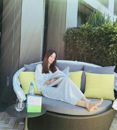 《东游记》牡丹仙子:46岁郭妃丽容颜如初,为大