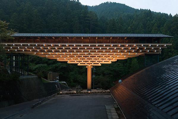 隈研吾建筑都市设计事务所《梼原木桥博物馆》 2010年 高知县