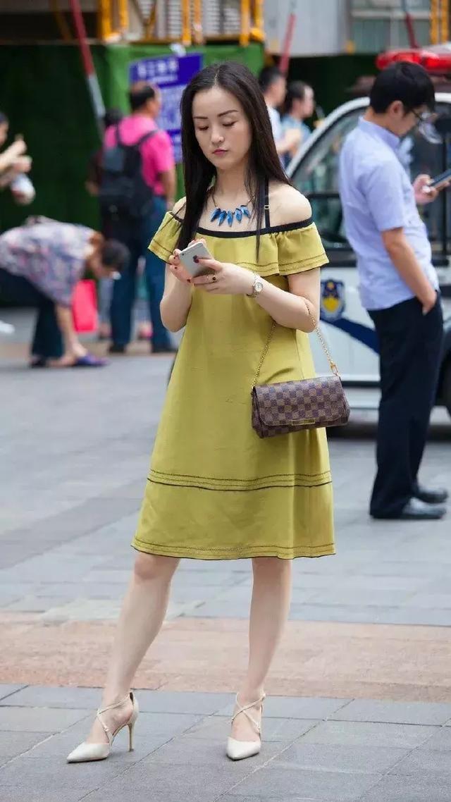 高跟鞋优雅气质,增添女性的无限风情