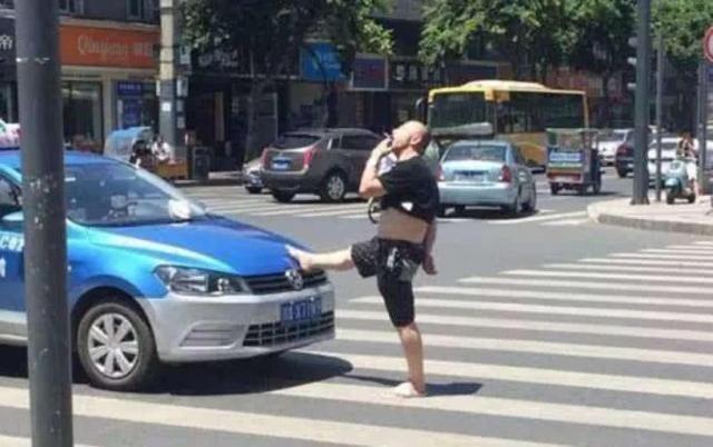 <b>故意撞死碰瓷的人,车主会受到什么样的惩罚?劝你别冲动</b>