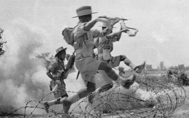 世界最强雇佣兵,号称白刃战第一,却单单最怕中国这种兵器