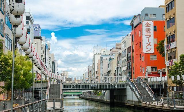 日本的这种东西价格昂贵,当地人看都不看,中国游客却抢着买