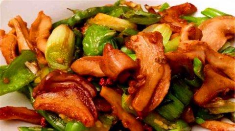 让人看着就有食欲的几道家常菜,美味可口还不油腻,好吃特别下饭