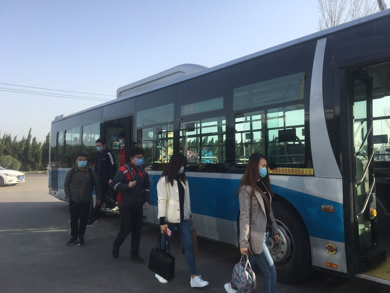 支持复工复产,明起济南定制公交乘客可享8折购票优惠公交济南
