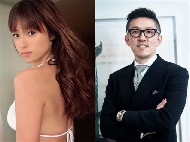 日媒曝深田恭子与富豪男友出现感情危机,男方怀疑她出轨