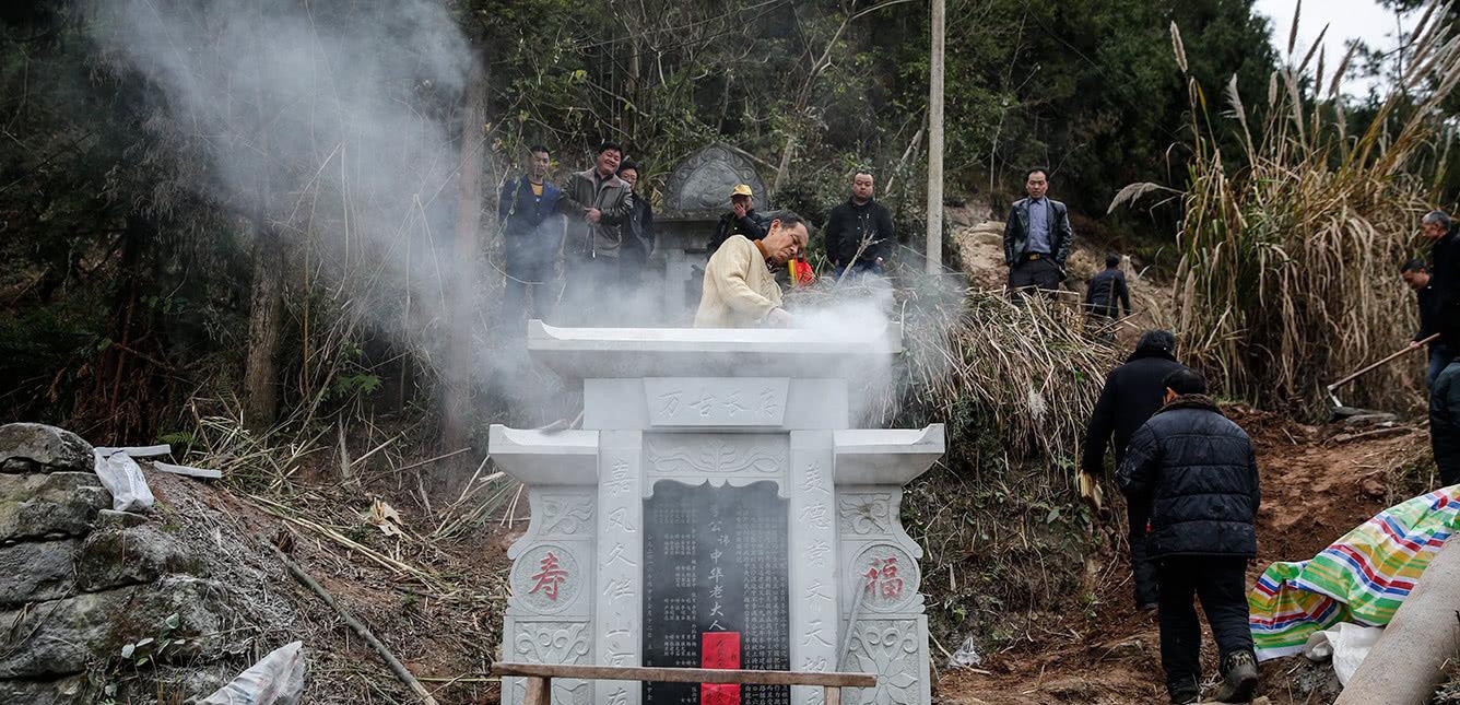 中国最霸气的祖坟,后代连出16位皇帝,建设铁路都要避让它!