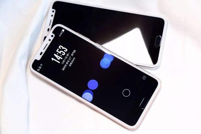 """国产手机也曾经有这些""""异类"""",谁说我们没有创新?"""