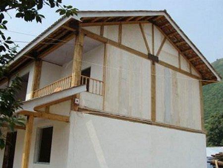 不同建筑结构的房子,房屋本身的使用年限和性能特点也不尽相同.