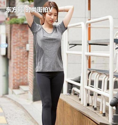 精彩:时尚街拍:自然优雅的美女,清新可人魅力十足!