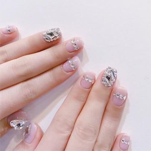 短指甲小仙女配上这几款美甲,让你可盐可甜时髦有气质,超级有范