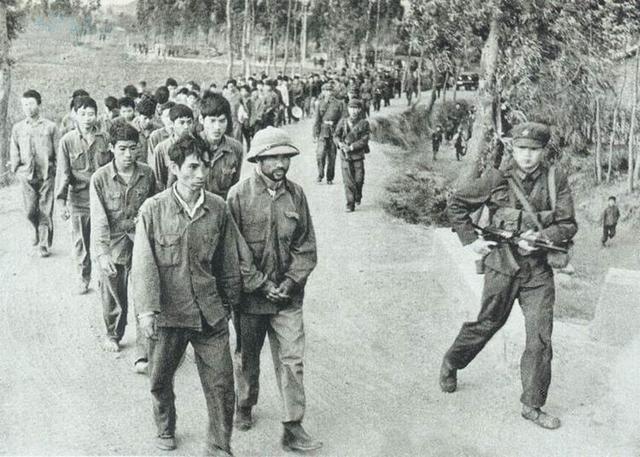 1979年中越战争烈士_解密中越战争:对越反击战解放军提前撤军失去这个宝贵