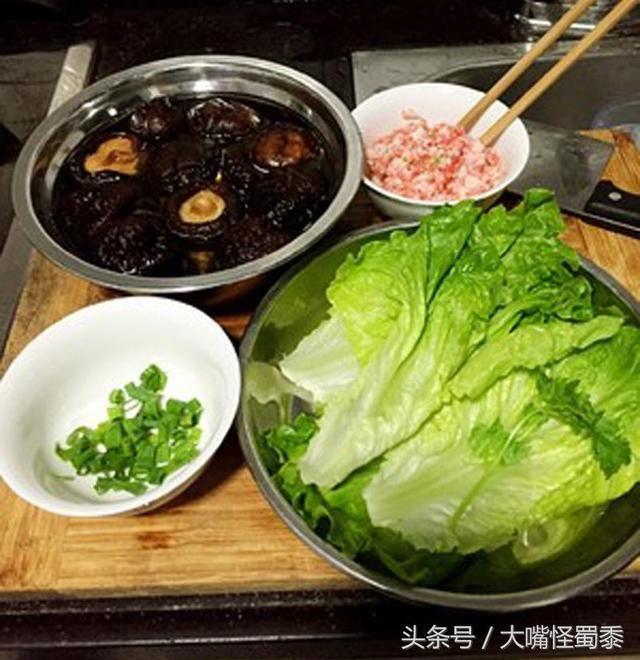 超级下饭菜:美味的肉酿香菇