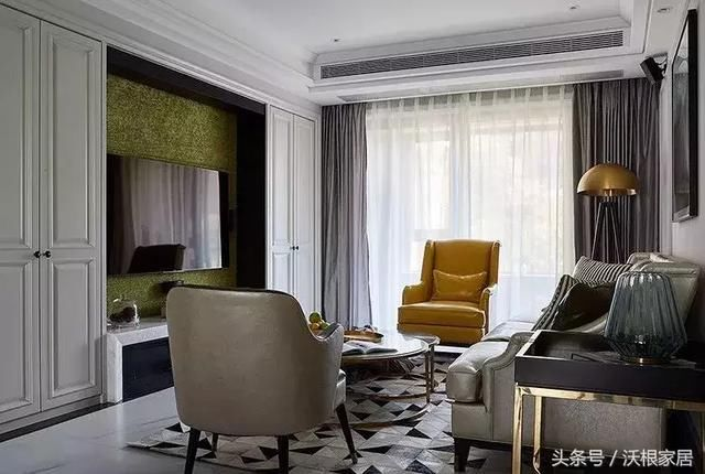 11 12 13 14 15 欧式的窗帘搭配同样是深色为主,而且一些反光质感的