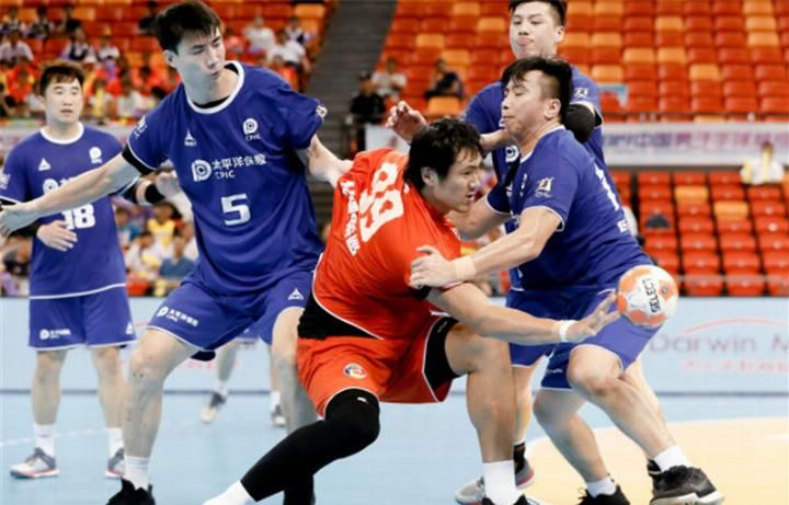 <b>中国男子手球超级联赛结束 中国华体不败战绩夺冠</b>