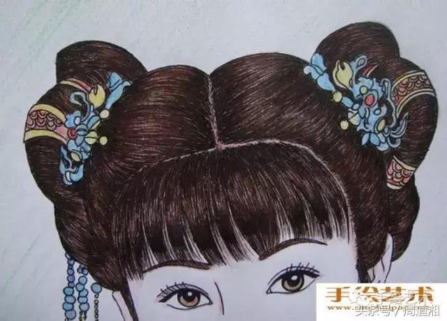 人物彩铅画教程:中国古典美女头像彩色铅笔画绘画步骤图片