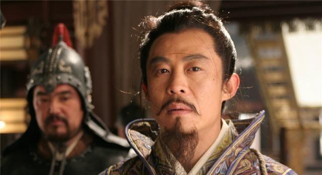 西汉的名臣为何叫小狱卒向他撒尿,留下一成语警醒做人要留余地