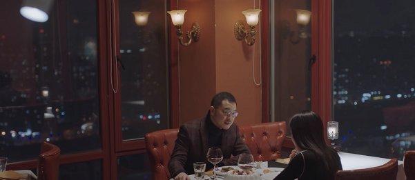 小欢喜:别人开心跨年,老乔浪漫分手,体面,网友:绿帽戴稳了