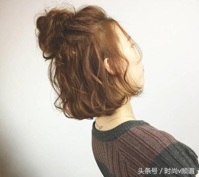 2018夏季发型女:这5类丸子头,将会变成最可爱