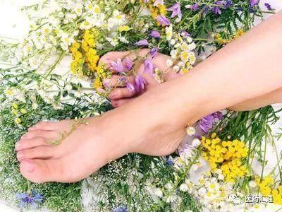 夏天怎样更好预防脚气传染?