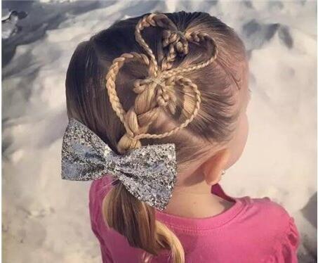 学几款新发型给孩子编头发,让你家公主美美哒!