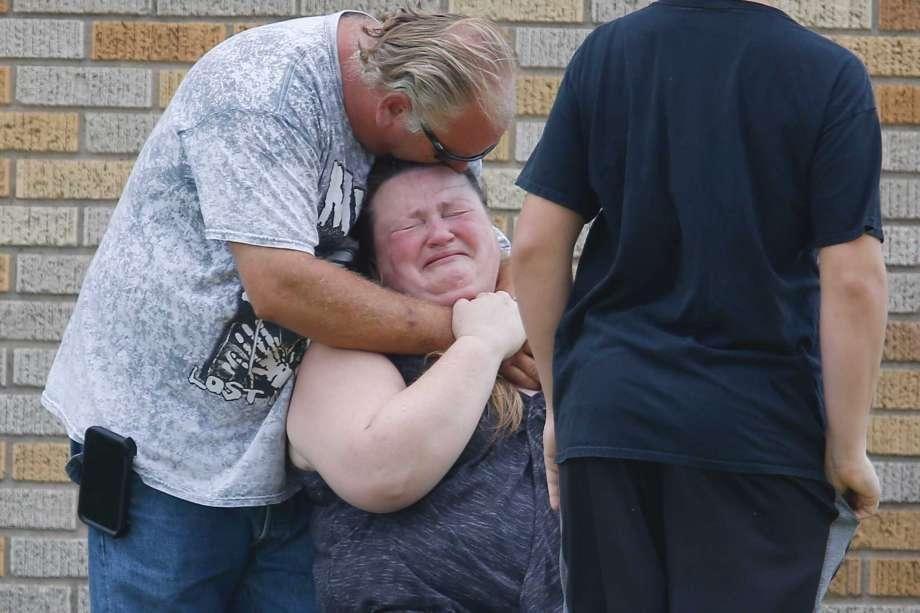 美国德州圣塔菲高中枪击案,死亡10人已有,现场博罗怎么成绩查询高中图片