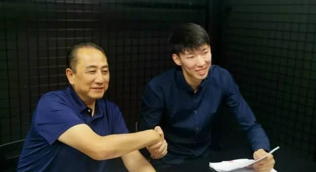 可以啊!周琦与新疆男篮签约,另一个也在考虑CBA