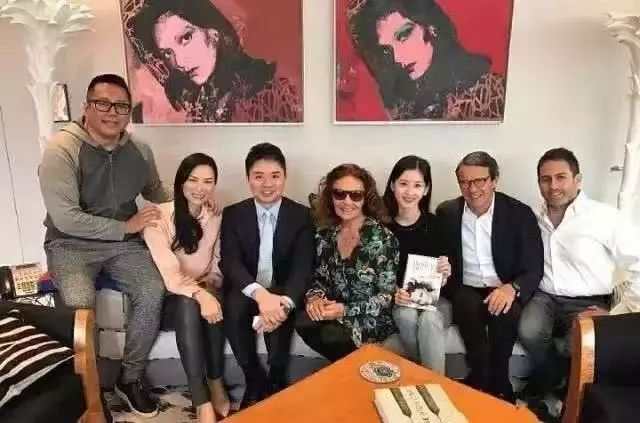 刘强东、章泽天与邓文迪之间的关系网