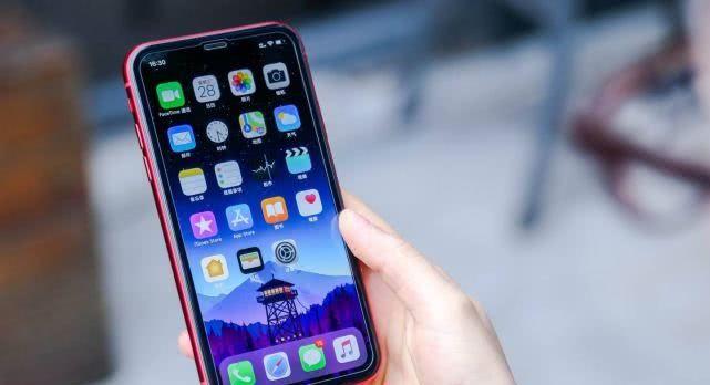8月最值得入手的3款手机,性能外观样样出色,超级有面子