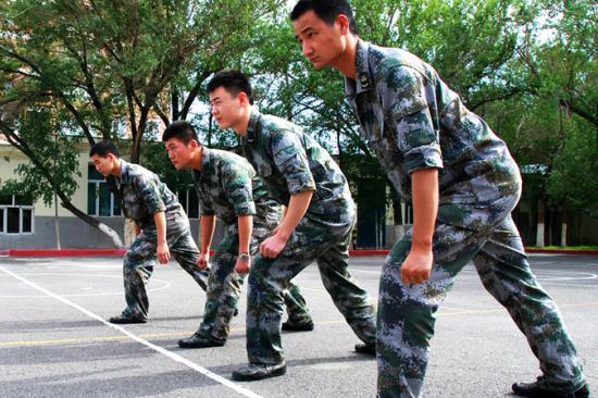 创办军事拓展训练营月营业额高达30万元