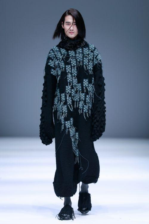 针织服装艺术设计方向,时尚形象与陈列方向及卓越设计师计划班),服装
