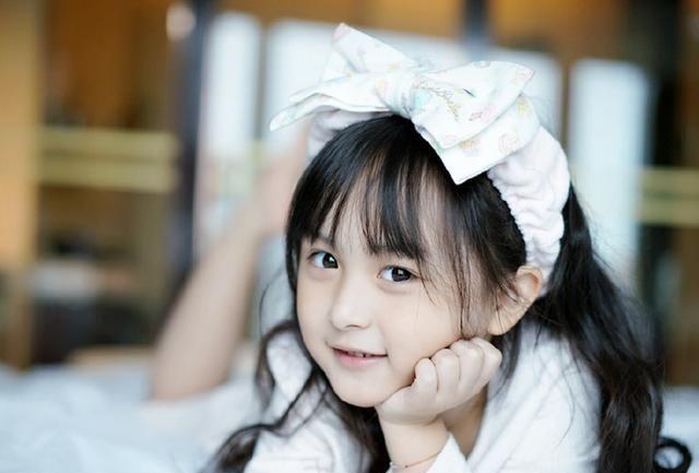"""中国""""最美""""的五个小女孩,纪姿含仅排第二,第一萌你一脸!"""