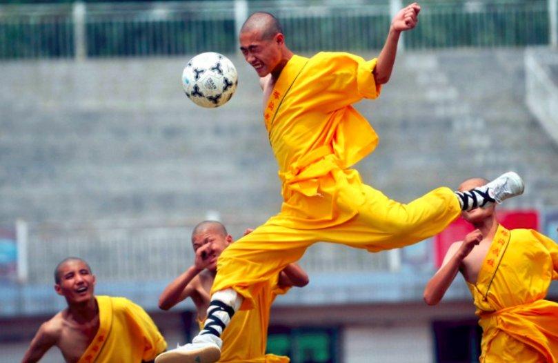 足球为什么能成为全球第一运动?这组照片令世