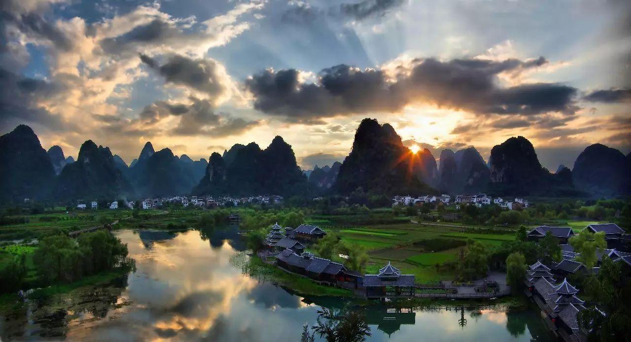 桂林山水甲天下,阳朔山水甲桂林图片