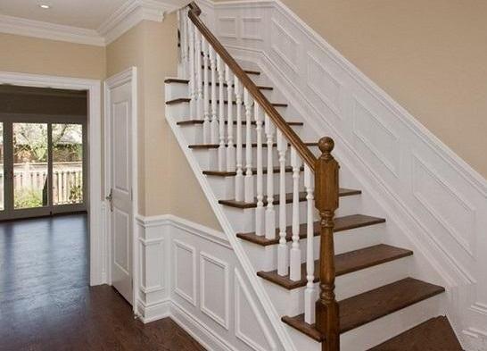 木楼梯颜色搭配图片