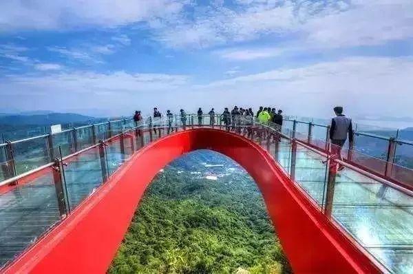 清远市英德九龙镇英西峰林走廊风景区    深圳东部华侨城玻璃桥