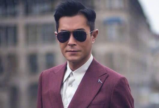 香港明星谁最帅_网友称:公认最帅4大70后男明星,第一被称为不老男神!